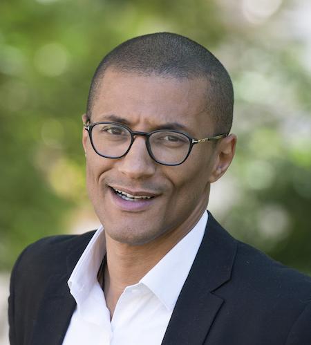 Karim Bouamrane, maire de Saint-Ouen-sur-Seine et Vice-Président de la métropole du Grand Paris.